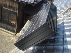 太陽光パネルを屋根へ
